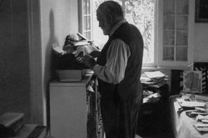 Hemingwaywriting1